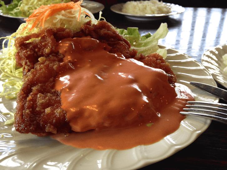 【高知メシ】ガッツリ満足な『鳥心』のチキン南蛮定食を食す!