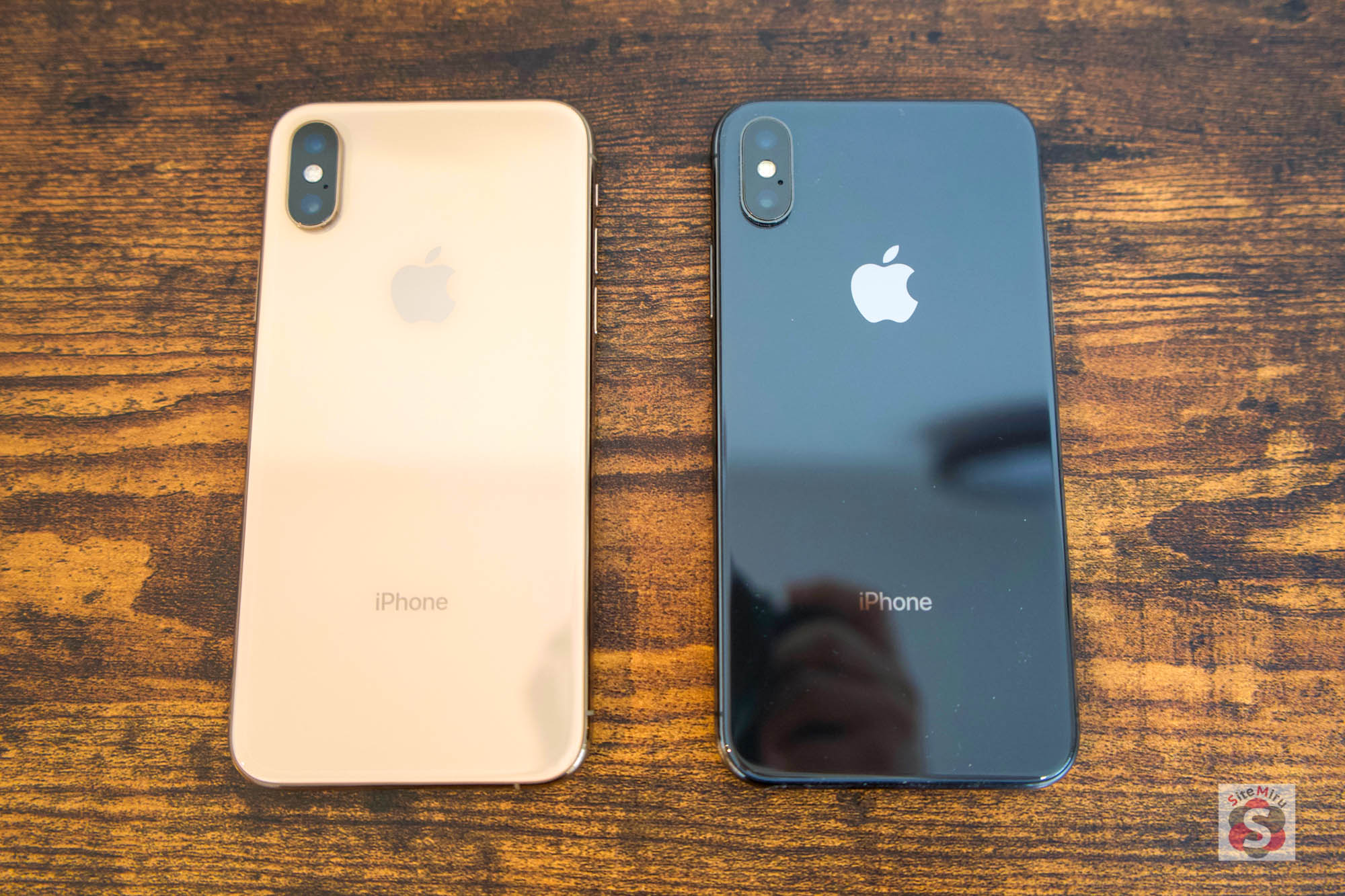 iPhone XSとiPhone X