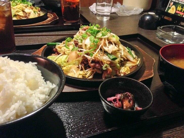 【高知メシ】肉も野菜も!『焼肉 ぷるこぎ』のボリューム定食ランチで大満足!