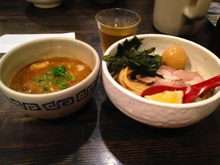 【高知メシ】こってりホルモンつけ麺が絶品な『蔵木』は絶対オススメ!!
